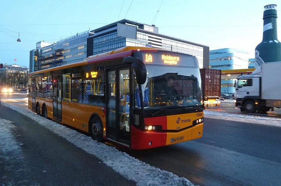 City-Trafik 7000/AW96895 (demovogn) på Strandvejen på Østerbro den 30. november 2010