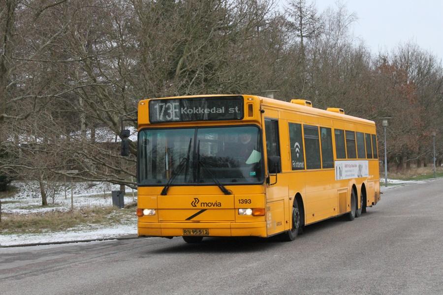 Arriva 1393/RN95512 på Agern Allé i Hørsholm den 27. januar 2012