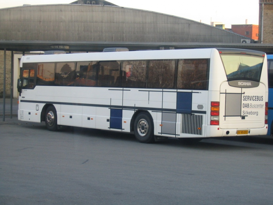Abildskou RY95055 (lånebus fra Scania-DAB) på Århus Rutebilstation den 3. april 2005