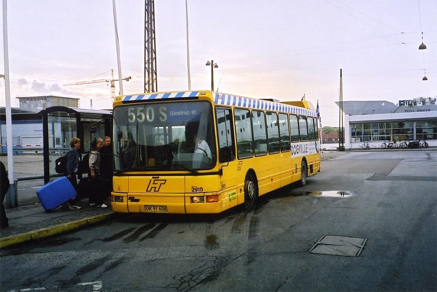 City-Trafik 2915/OK91608 på Kvæsthusbroen i København den 24. maj 2003