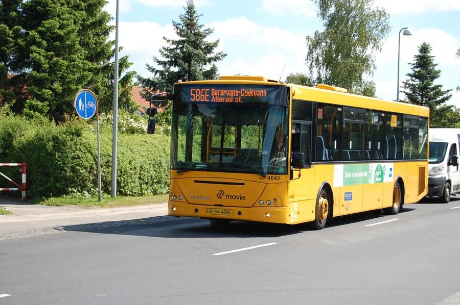 De Blaa Omnibusser 4043/US94408 på Frederiksborgvej i Allerød den 17. juni 2010