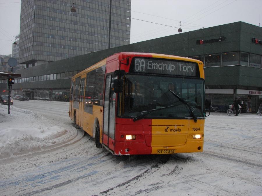 Arriva 1664/ST97842 i Hammerichsgade i København den 23. december 2010