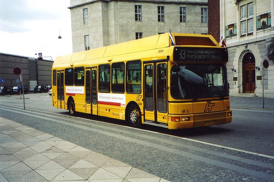 Connex 5208/PP94133 på Otto Mønsteds Plads i København den 14. maj 2004