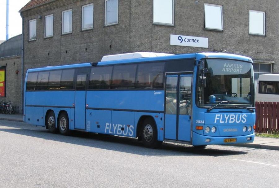 Connex 2834/RZ88057 på Århus Rutebilstation den 4. juli 2005