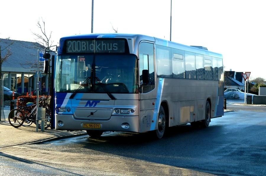K/S Vendbus 76/TL96071 ved Aabybro Busterminal den 20. januar 2011