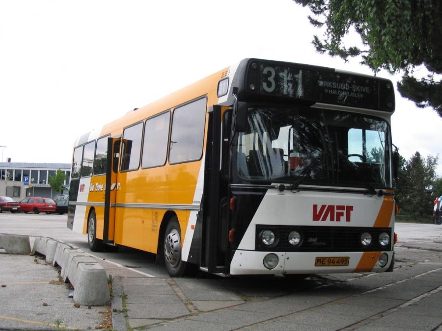 De Gule Busser ME94495 på Skive Rutebilstation den 31. juli 2006