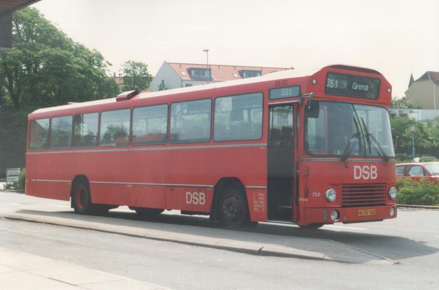 DSB 752/HK92162 i Ebeltoft i 1988