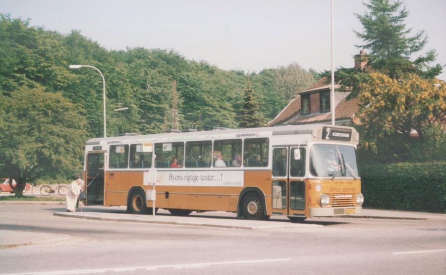 Århus Sporveje 109/HB88855 i Marienlund i Århus den 26. maj 1988