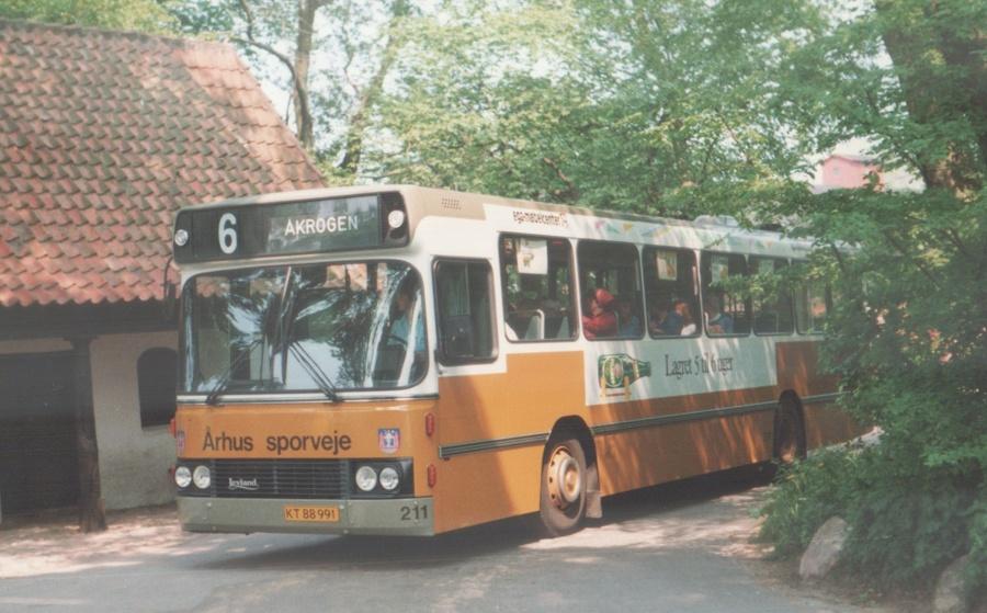 Århus Sporveje 211/KT88991 ved Moesgård Museum i Århus den 26. maj 1988
