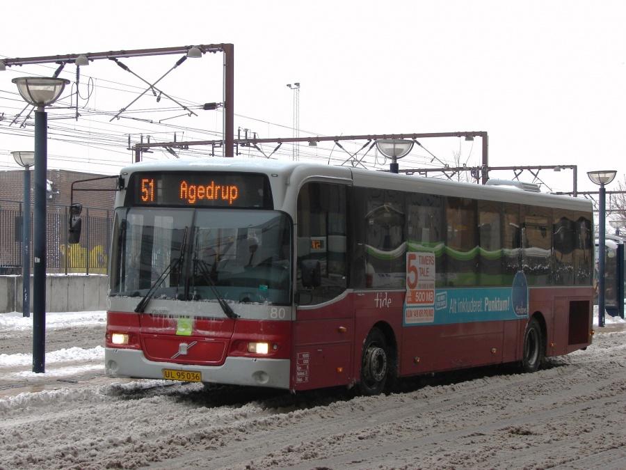 Tide Bus 80/UL95036 ved Odense Banegård Center den 16. februar 2011