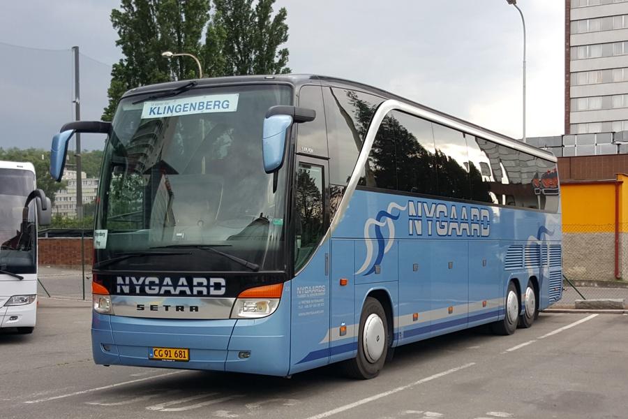 Nygaards Turist og Minibusser 22/CG91681 i Prag i Tjekkiet den 19. maj 2015