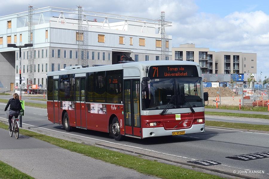 Tide Bus 8087/UL95099 på Campusvej i Odense den 28. maj 2015