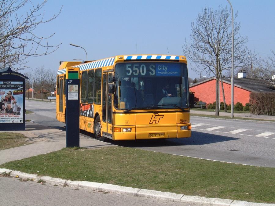 City-Trafik 2932/OL91435 på Rødovre Parkvej i Rødovre den 19. april 2003