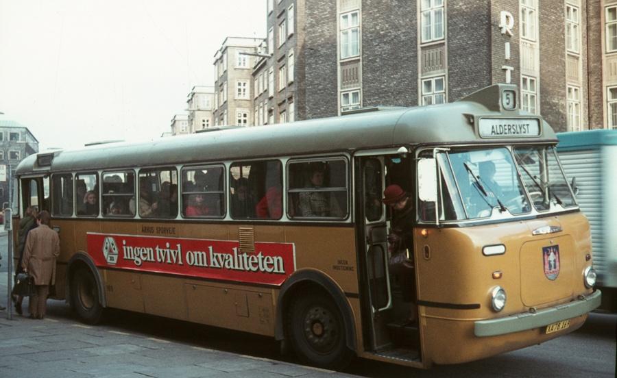 Århus Sporveje 169/XA78169 på Banegårdspladsen i Århus i 1973