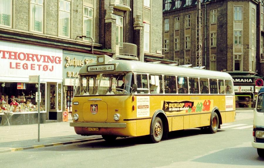 Århus Sporveje 184/XA78184 på Banegårdspladsen i Århus den 4. juni 1975