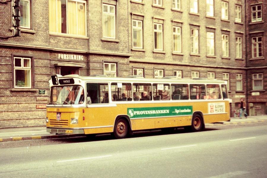 Århus Sporveje 133/BJ88766 på Rådhuspladsen i Århus den 26. marts 1974