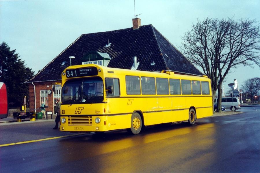 Arriva 1327/HP96298 ved Gilleleje Station den 15. februar 2000