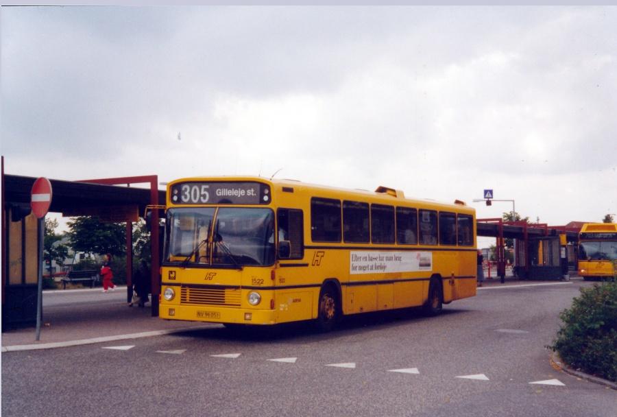 Arriva 1522/NV96051 ved Hillerød Station den 6. august 2000