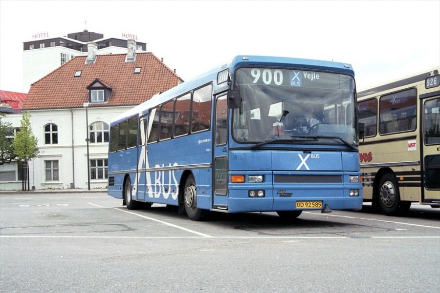 Combus 2455/OD92585 på Vejle Trafikcenter den 14. maj 1999