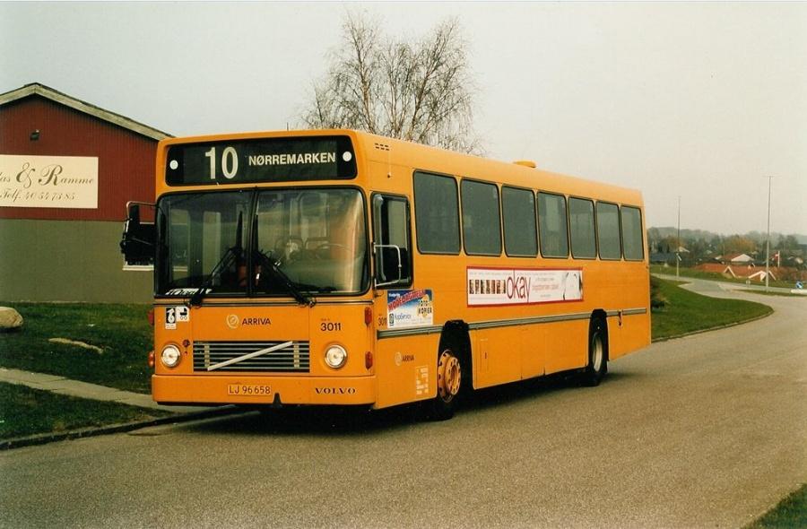 Arriva 3011/LJ96658 på Juulsbjergvej i Vejle den 31. marts 2002