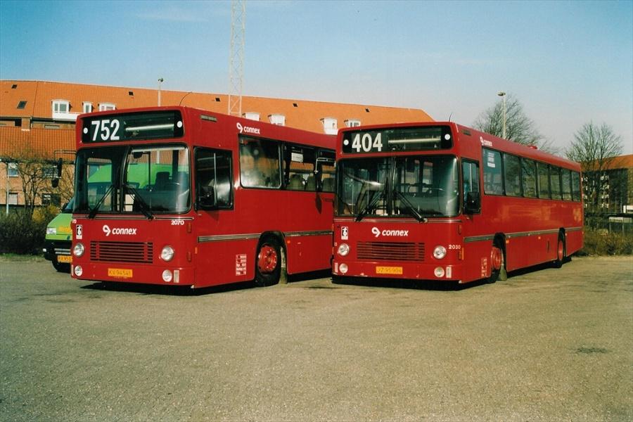 Connex 2030/JZ95904 og 2070/KV94541 i Horsens den 17. april 2003