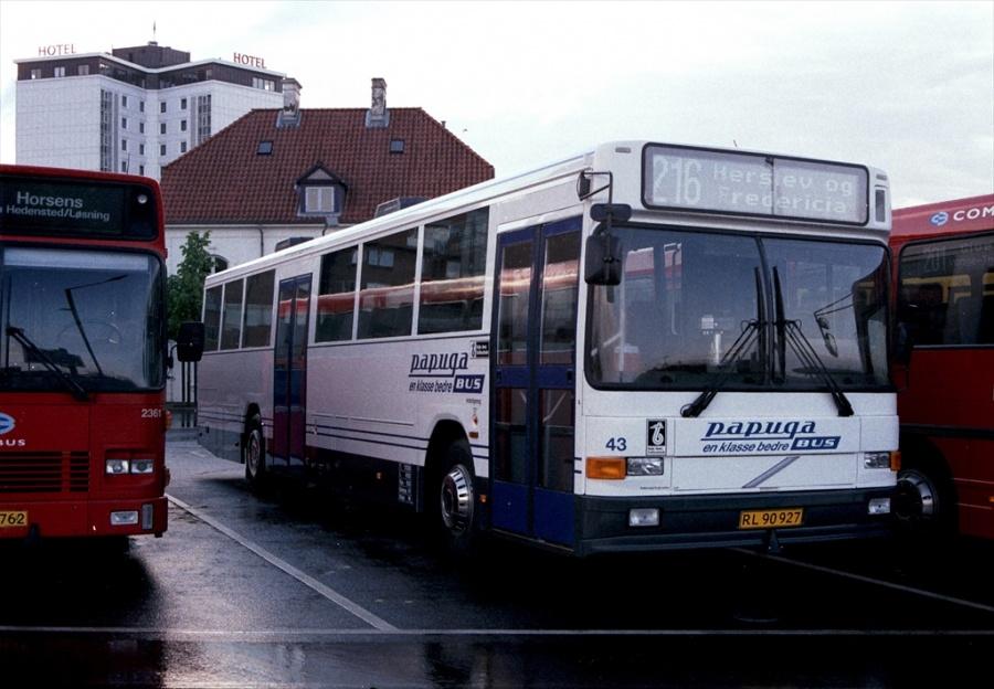 Papuga 423/RL90927 på Vejle Trafikcenter den 28. maj 2000