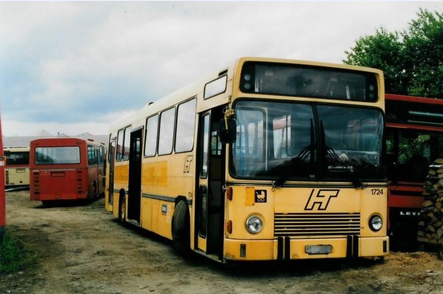 Bus Danmark 1724 ved Vejle Busophug den 25. juni 1999