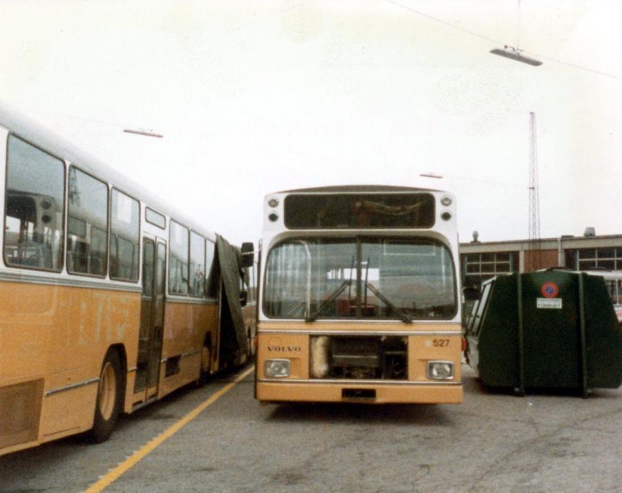 HT 527 udrangeret i Ryvang garage i august 1984
