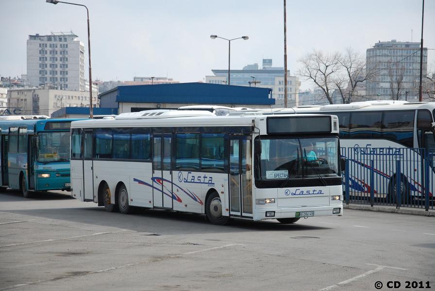 Lasta 4205/BG28449 i Beograd i Serbien i 2011