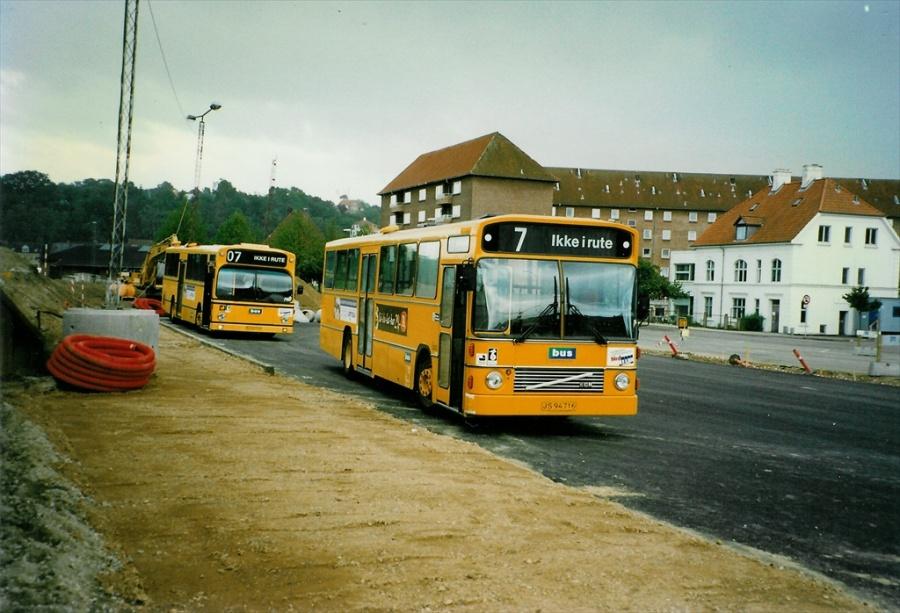 Bus Danmark 3002/JS94716 på Vejle banegård den 8. september 1997
