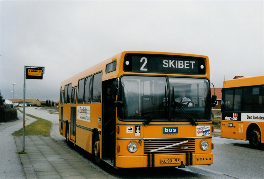 Bus Danmark 3004/KU90153 på carl Nielsensvej i Vejle den 22. marts 1999