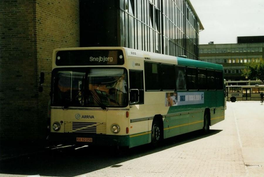 Arriva 3010/RX92058 ved Herning banegård den 2. september 2002