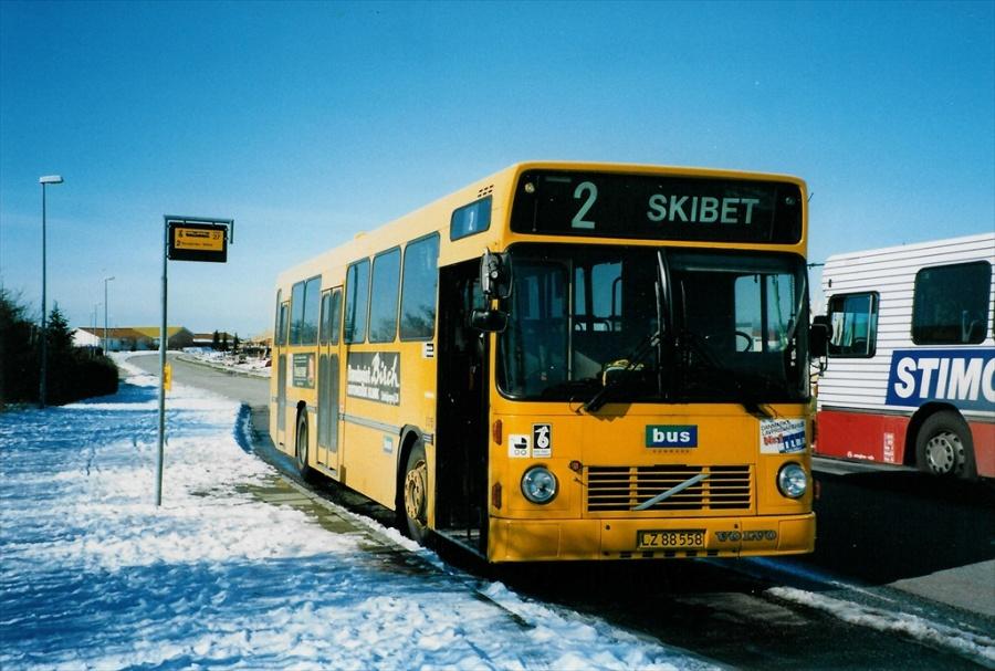 Bus Danmark 3015/LZ88558 på Carl Nielsensvej i Vejle den 10. marts 1998