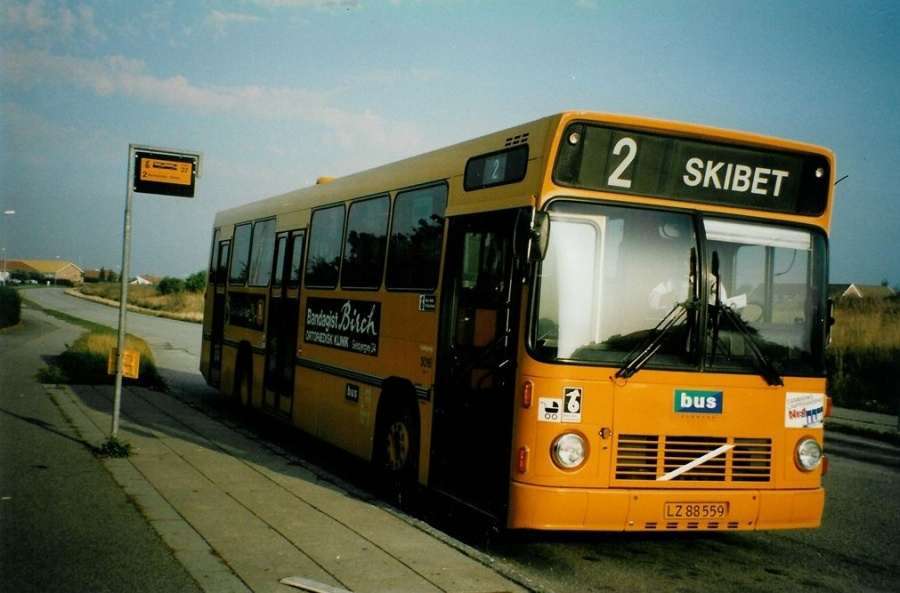 Bus Danmark 3016/LZ88559 på Carl Nielsensvej i Vejle den 1. september 1997