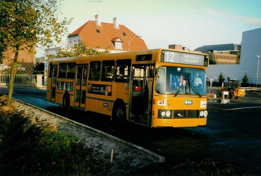 Bus Danmark 3020/MR93260 ved Vejle banegård den 2. oktober 1997