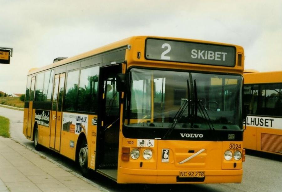 Bus Danmark 3024/NC92278 på Carl Nielsensvej i Vejle i juli 1996