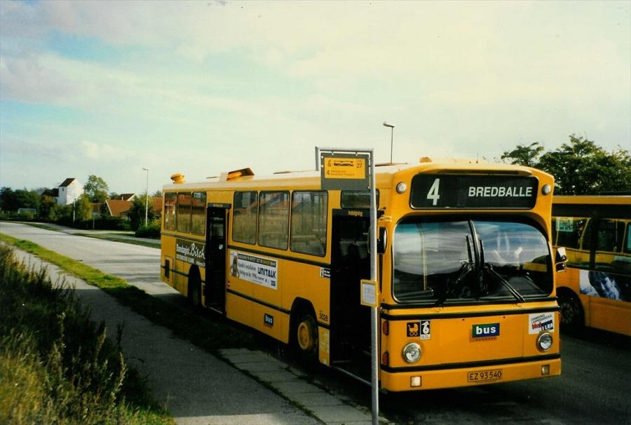 Bus Danmark 3028/EZ93540 på Carl Nielsensvej i Vejle i oktober 1996