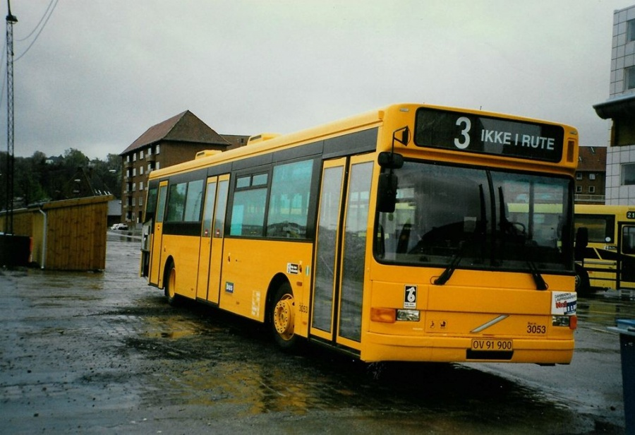 Bus Danmark 3053/OV91900 på Vejle banegård den 6. maj 1997