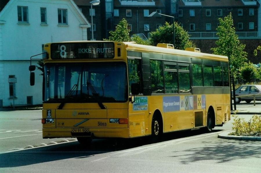 Arriva 3053/OV91900 på Vejle Trafikcenter den 20. juli 2000