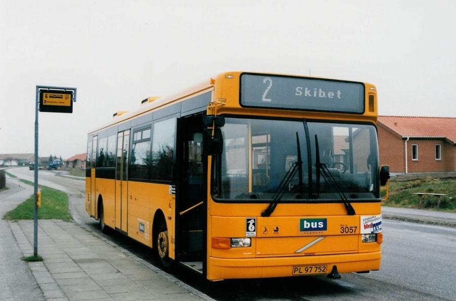 Bus Danmark 3057/PL97752 på Carl Nielsensvej i Vejle den 9. april 1999