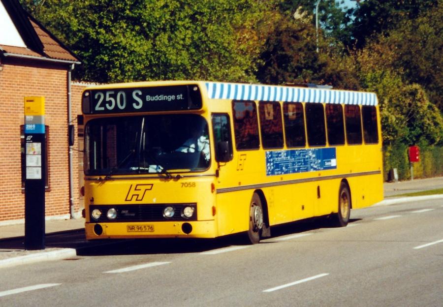 City-Trafik 7058/NR96576 på Saltværksvej i Kastrup den 17. september 2000
