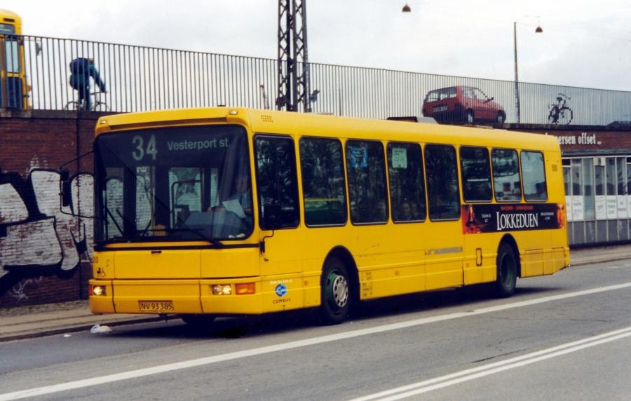 Combus lånevogn 5210/NV93385 ved Langebro i København den 25. maj 1999