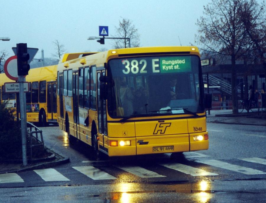 Combus 5248/OL91469 ved Hillerød Station den 17. november 1999