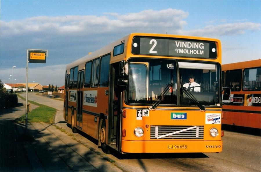 Bus Danmark 3011/LJ96658 på Carl Nielsensvej i Vejle den 6. oktober 1998