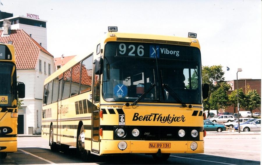 Bent Thykjær 107/NJ89131 på Vejle Trafikcenter den 28. maj 1999