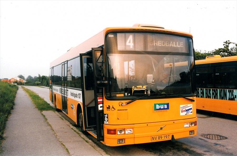 Bus Danmark 3025/NV89197 på Carl Nielsensvej i Vejle den 28. maj 1999