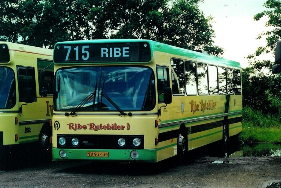 Ribe Rutebiler NV93433 i Ribe den 25. juli 2000