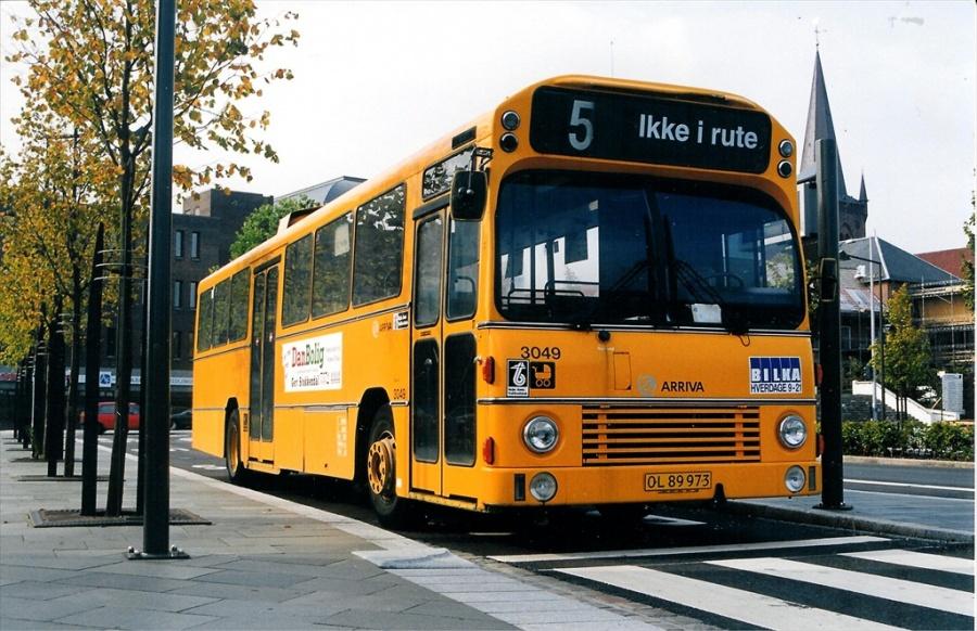 Arriva 3049/OL89973 på Vejle Trafikcenter den 19. september 1999