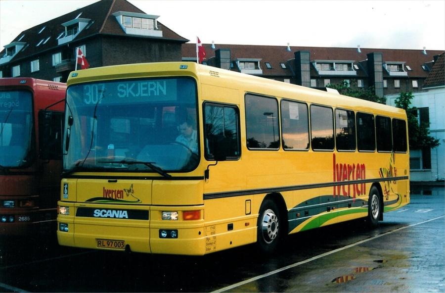 Iversen 1001/RL97003 på Vejle Trafikcenter den 28. maj 2000