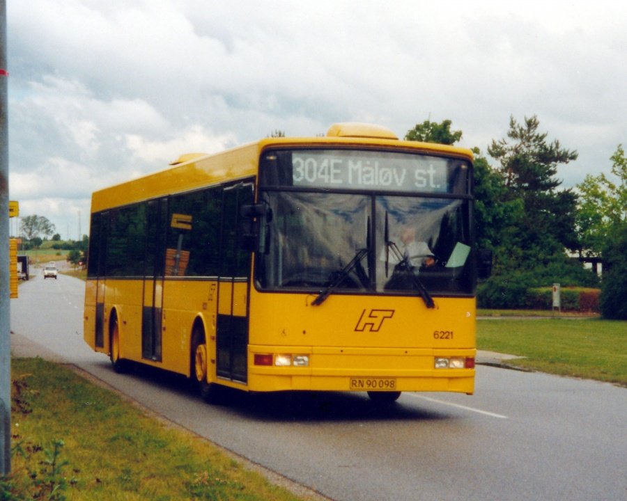 Linjebus 6221/RN90098 på Ring Syd i Ølstykke den 29. juni 2000